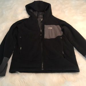 d8e401b5a4d4 The North Face Jackets   Coats - The North Face Boy s Chimborazo Hoodie